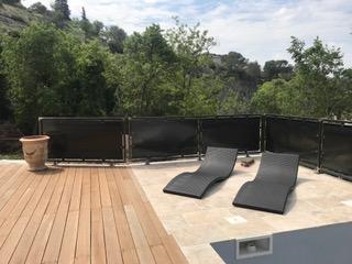 Garde-corps brise vue en métal de style contemporain pour une villa de Montpellier (34)