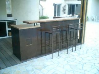 Création de chaise et tabourets de bar en fer forgé à Nîmes