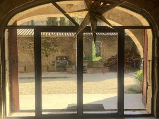 Art Monia : fabrication de menuiseries industrielles à Nîmes