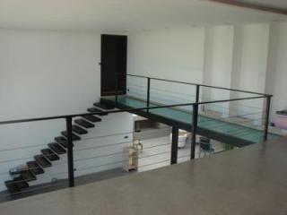 Fabrication artisanale de rampe contemporaine moderne en fer - Nîmes (30)