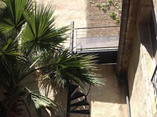 Escalier métallique en colimaçon à Pézenas (34)