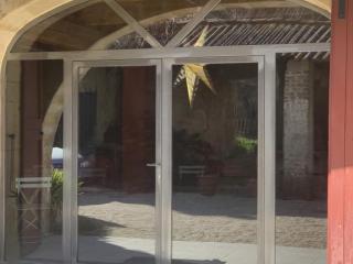 Cintrage baie vitrée acier ferronnerie Nîmes - Art Monia