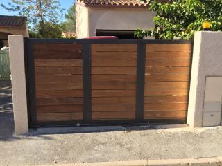 Création d'un portail coulissant métal et bois Grabels près de Montpellier (34)
