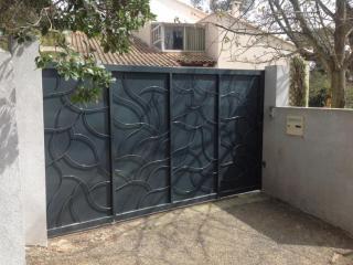 Fabrication d'un portail coulissant à Nîmes (30)