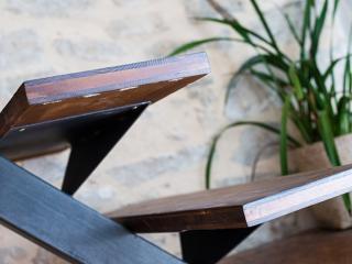 Conception d'escalier métallique brut vernis à Nîmes (30)