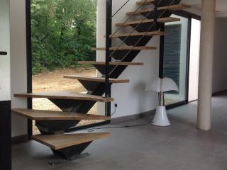 Escalier métallique  quart tournant à Vergèze