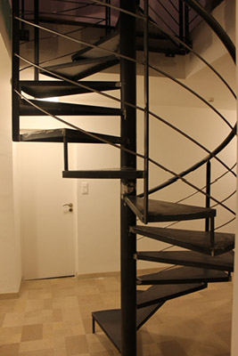 escalier m tallique colima on vente escalier metallique. Black Bedroom Furniture Sets. Home Design Ideas