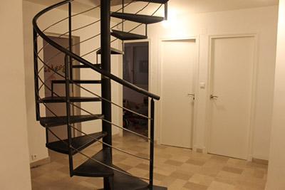 Escalier metallique colimaçon