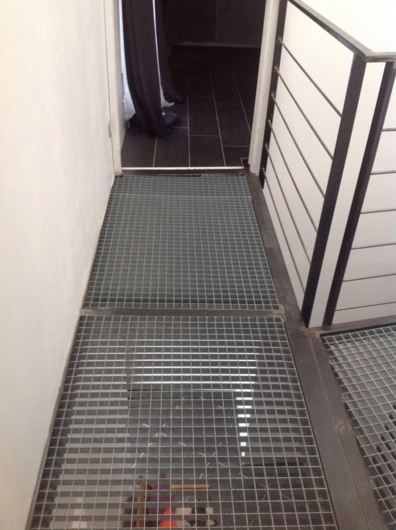 escalier m tallique colima on dans l 39 h rault. Black Bedroom Furniture Sets. Home Design Ideas