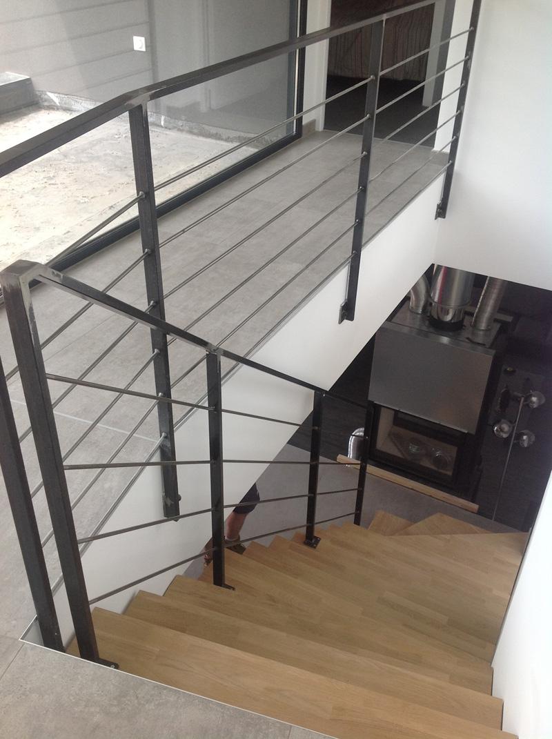 escalier m tallique quart tournant verg ze vente escalier metallique. Black Bedroom Furniture Sets. Home Design Ideas