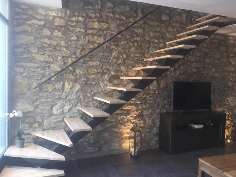 escalier quart tournant gard. Black Bedroom Furniture Sets. Home Design Ideas