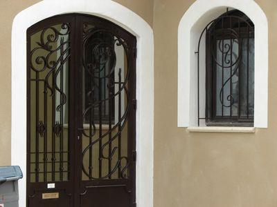 Fabrication de porte en fer forg 30 vente menuiserie fer forg for Les portes de fer forge