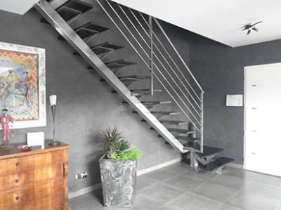 Fabrication escalier en métal acier - Sauveterre - Avignon - Ferronnier Art Monia Nîmes
